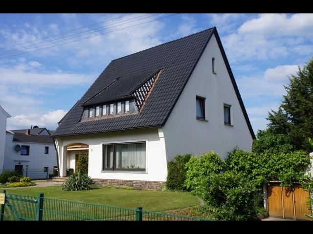 steildach troisdorf dachdecker walterscheidt troisdorf k ln bonn und rhein sieg kreis. Black Bedroom Furniture Sets. Home Design Ideas